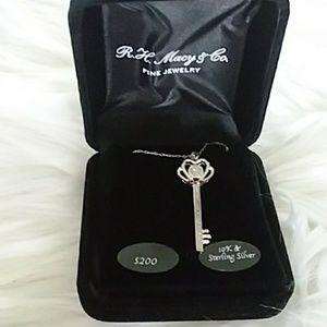 Sterling Silver Key Neclace